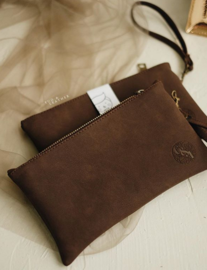 Charles & Ignatova Pouch by Yuo And Leather - 001
