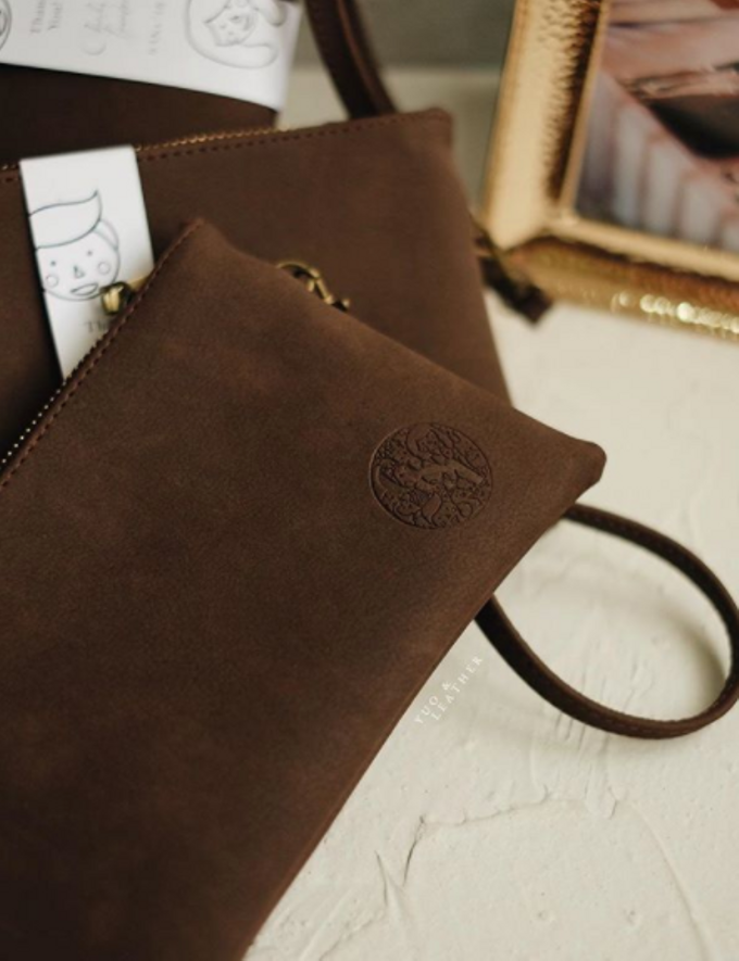 Charles & Ignatova Pouch by Yuo And Leather - 003