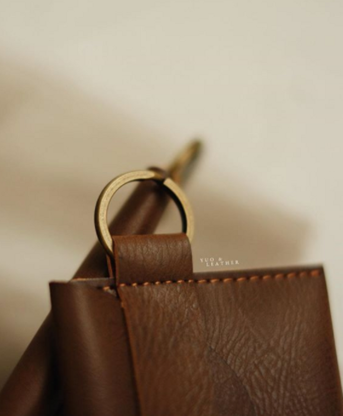 Daniel & Eunike Card Holder with chain by Yuo And Leather - 002