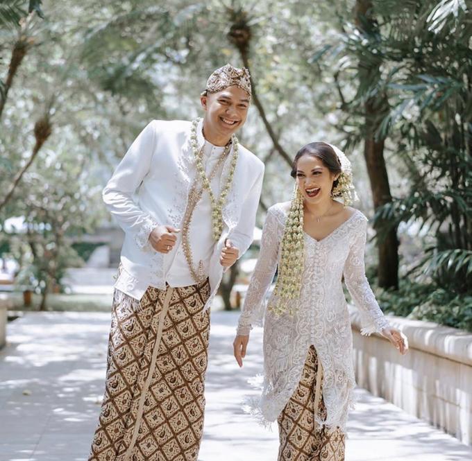 The Wedding of Vinta & Abrar by Silverjoy Gift - 002