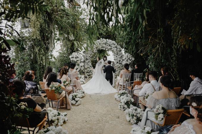 The wedding of Hendry & Chyntara by Ivow Wedding - 005