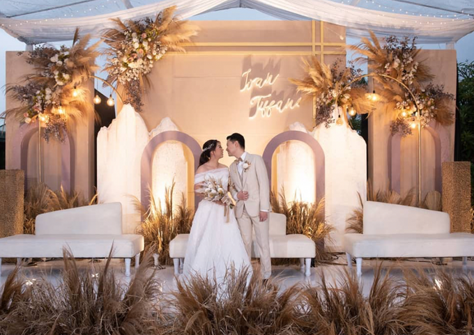 Ivan & Tiffany Wedding Decoration by Valentine Wedding Decoration - 023