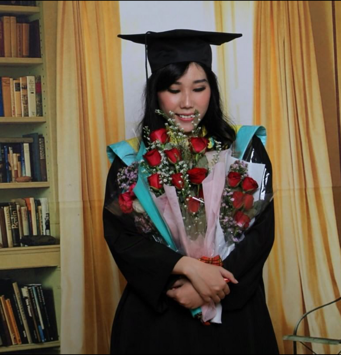 Photoshoot Graduation Ms.Fenecia by Nathalia Tjan Makeup - 005
