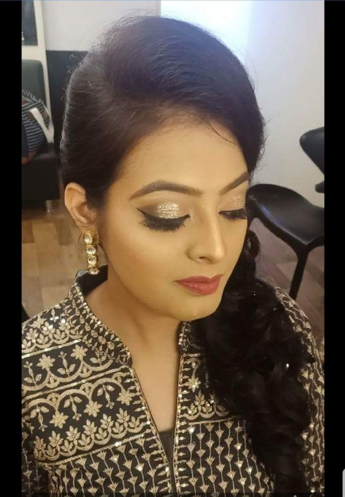 Makeup by Essence makeup Studio - 030