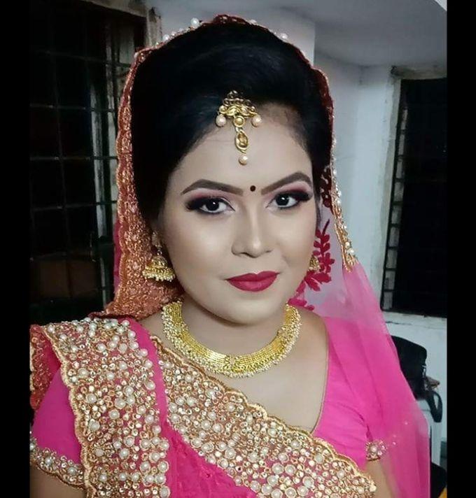 Makeup by Essence makeup Studio - 037