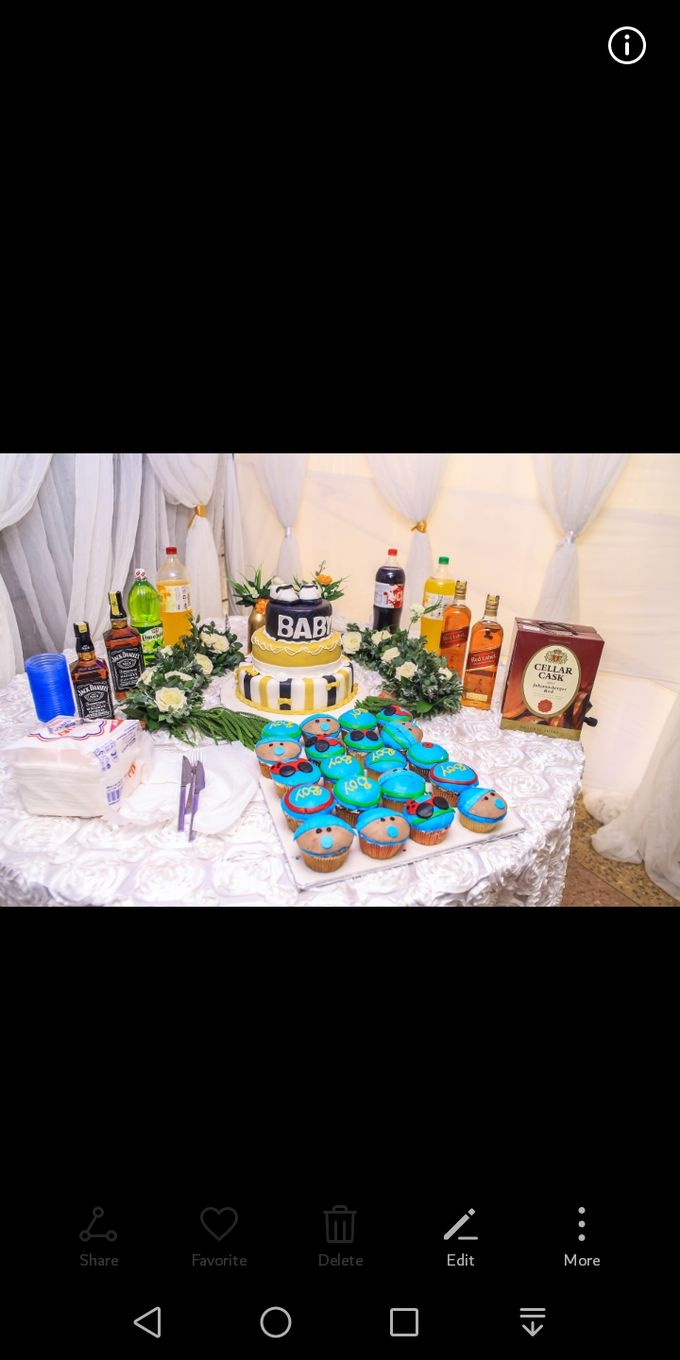 Modern White And Gold Shower by Skeey Decors - 002