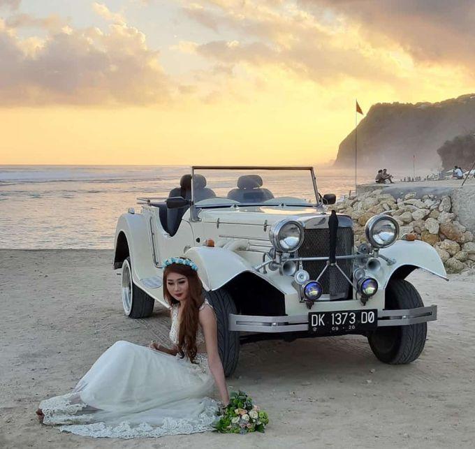 White Classic Car by Bali Classic Community - 024