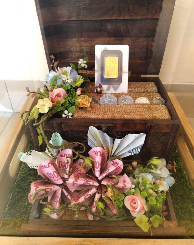 Mahar dan Jewelry Set Box Pernikahan Fila dan Deni by Hana Seserahan - 002
