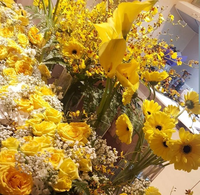 Floral Arrangements by All The small Things - 013