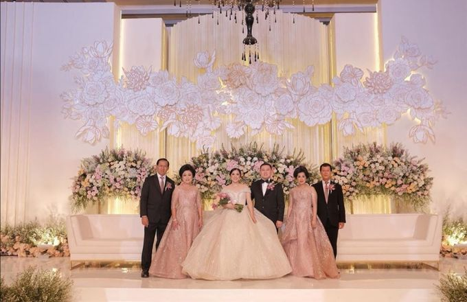 Henovia & Hendrik Wedding by Frisch Florist - 007