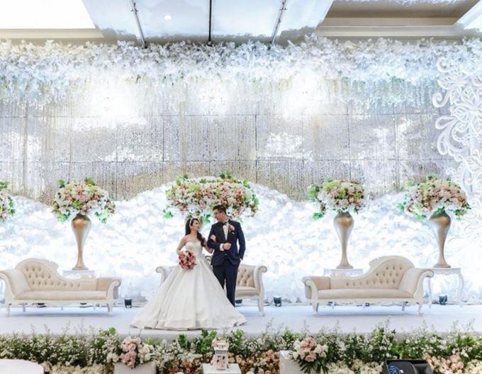 Kevin & Yeyen Wedding by Frisch Florist - 012