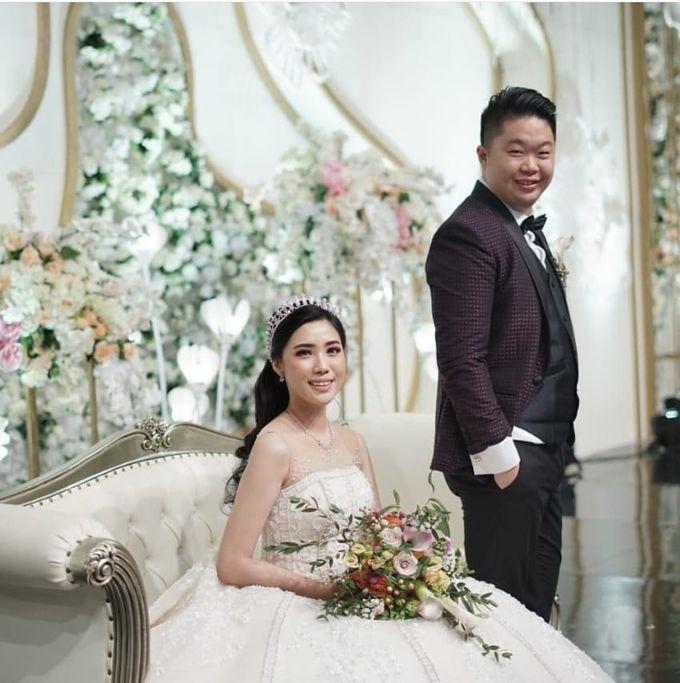 Mr. Henry & Mrs. Helen Wedding by Ventlee Groom Centre - 004