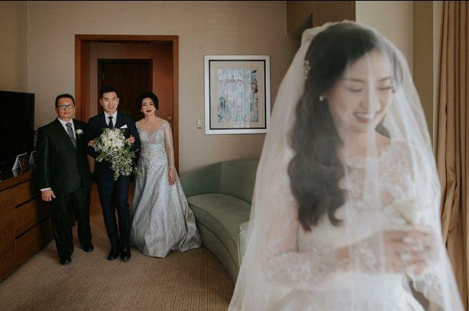 Courtesy Of Edwin & Bianca by William & Friends - 012