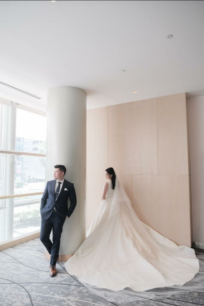 Courtesy Of Jonathan & Agnes by William & Friends - 003