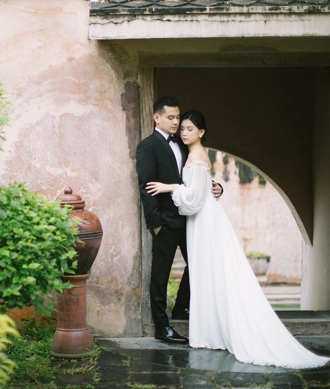 Mr. Andre & Mrs. Kiky by Ventlee Groom Centre - 003