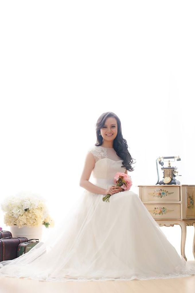 Real Brides And Weddings In Bespoke Emcee Couture by Emcee Couture - 025