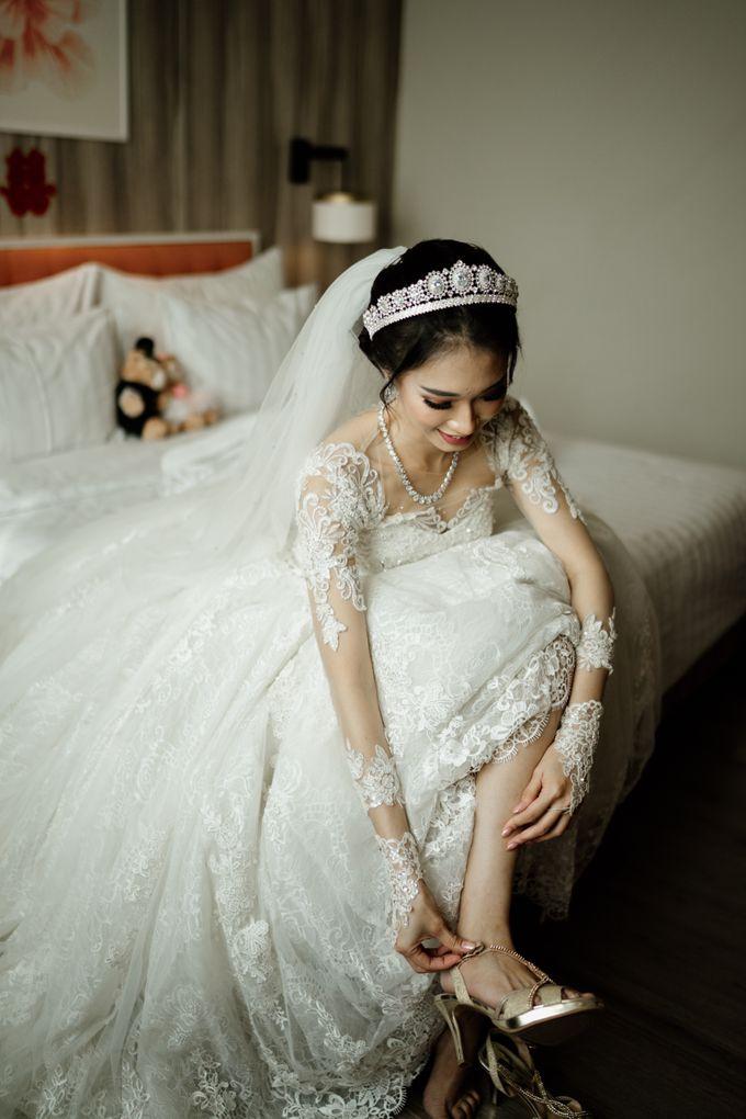 Selvia & Adi Wedding by AKSA Creative - 005