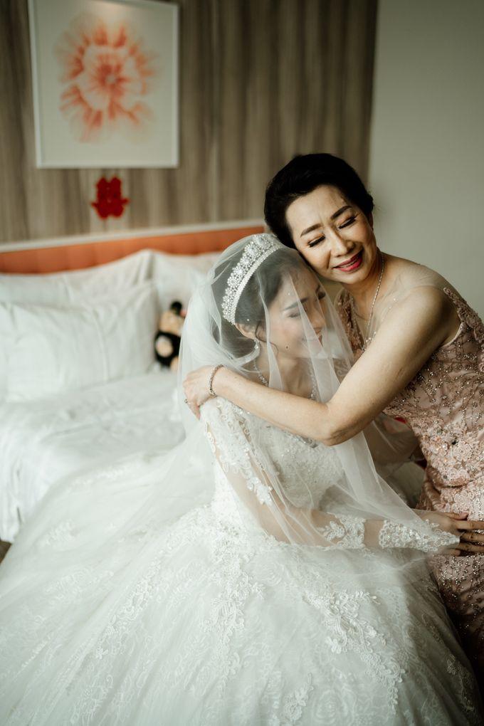 Selvia & Adi Wedding by AKSA Creative - 007