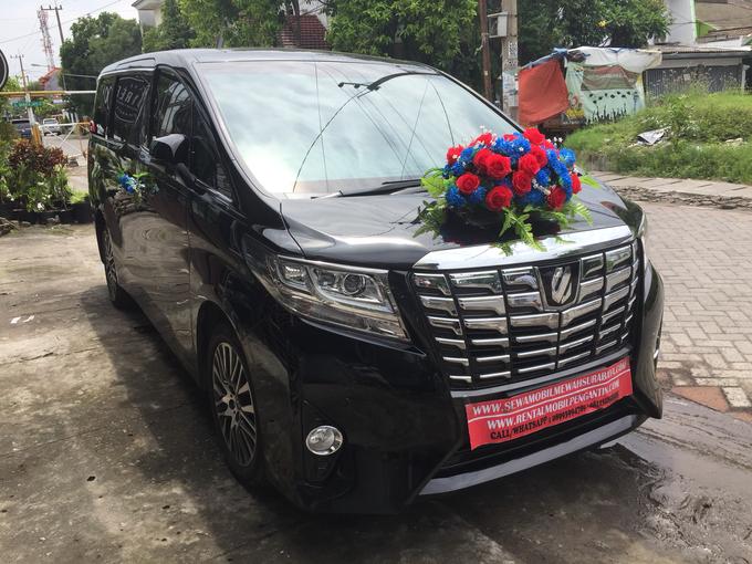 Sewa Mobil Alphard Surabaya Rental Mobil Alphard by SENTOSA JAYA VIP WEDDING CARS SURABAYA - 002