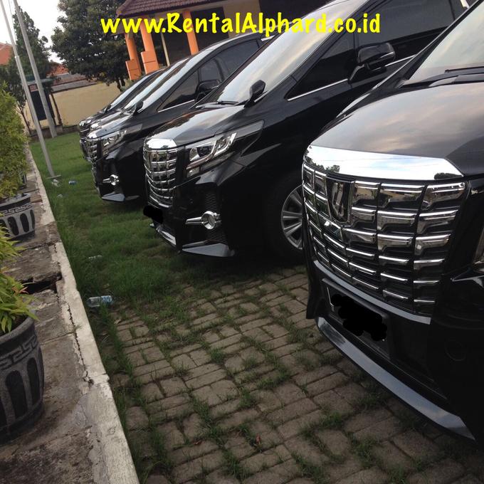 Sewa Alphard Surabaya DAN Rental Alphard Surabaya by SENTOSA JAYA VIP WEDDING CARS SURABAYA - 003