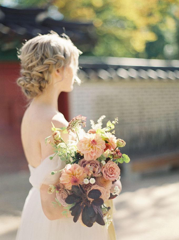 Fall Wedding Inspiration at Deoksugung by Honour and Blessing Events - 009