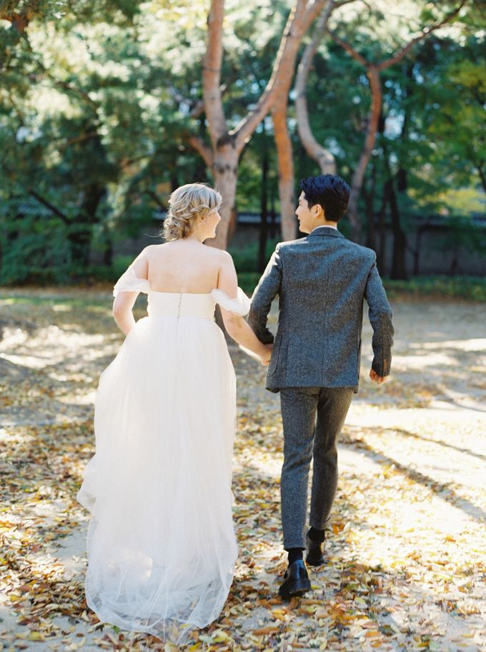 Fall Wedding Inspiration at Deoksugung by Honour and Blessing Events - 044