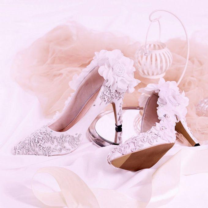 Sepatu Pointed Viola Putih by SLIGHTshop.com - 002
