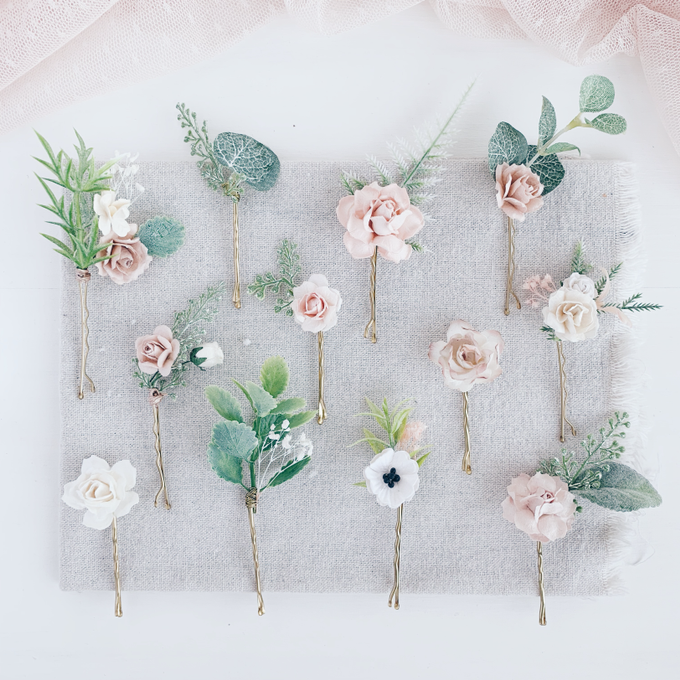 Blush hair pins with peonies, roses, eucalyptus  by Serenity Wedding - 001