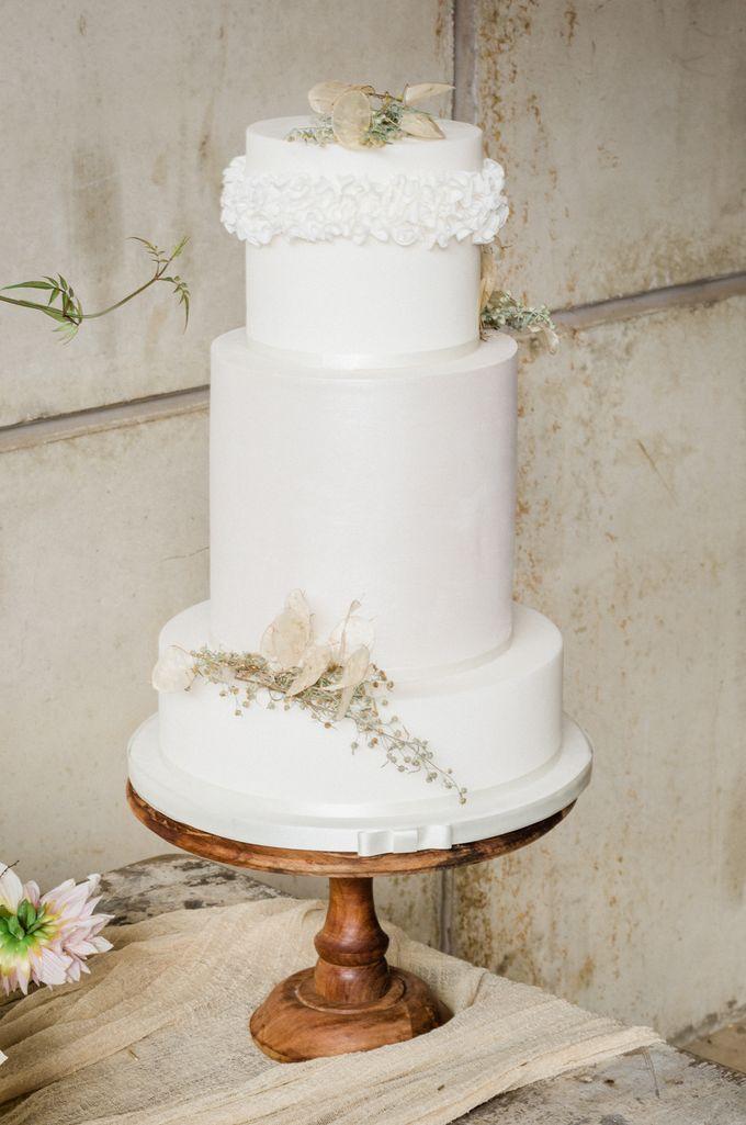 Rustic Farmyard Wedding by Seyi + Rochelle Photography - 008