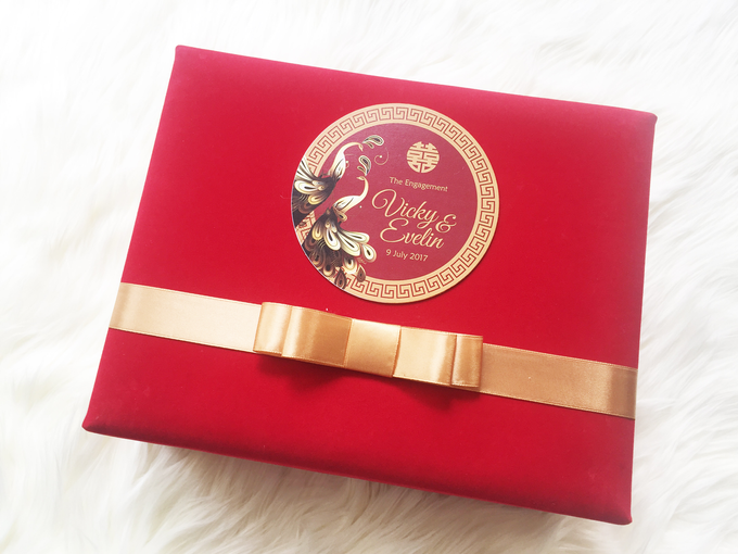 Vicky & Evelin Engagement by SH Printing and Hampers - 009