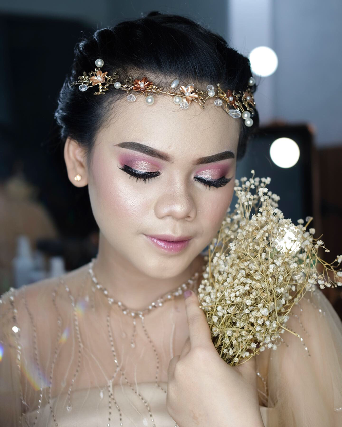 Bold Makeup Wedding by Shally Makeup - 001