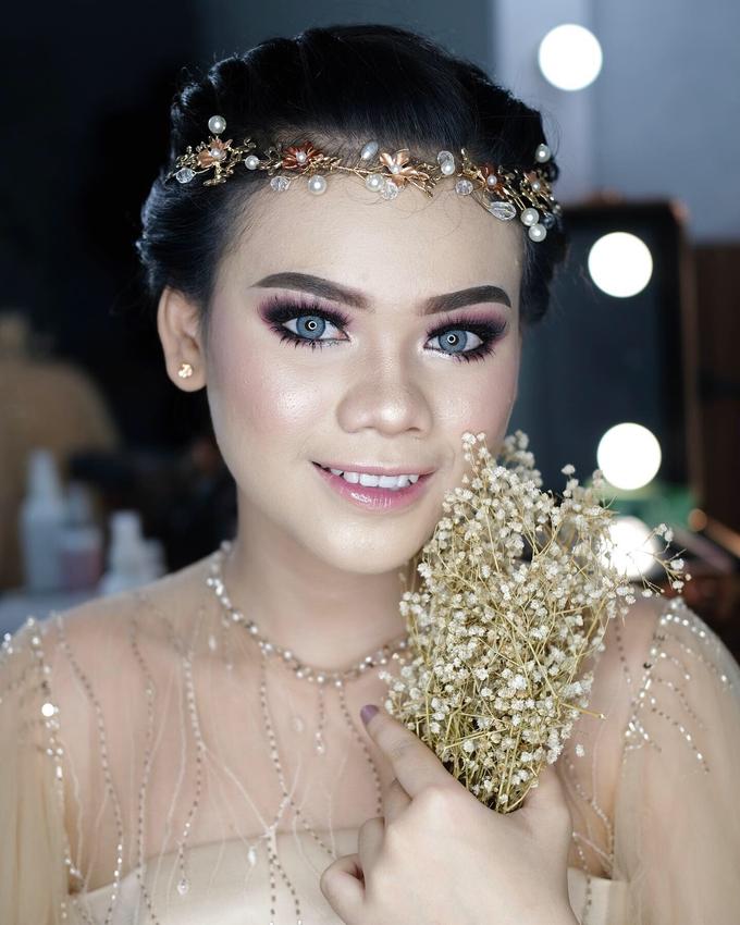Bold Makeup Wedding by Shally Makeup - 002