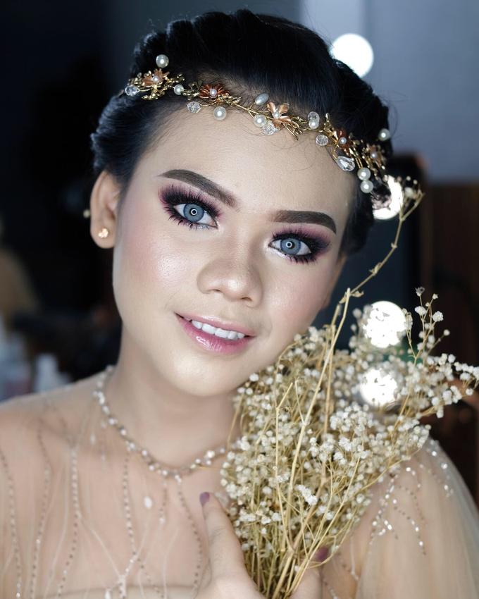Bold Makeup Wedding by Shally Makeup - 004