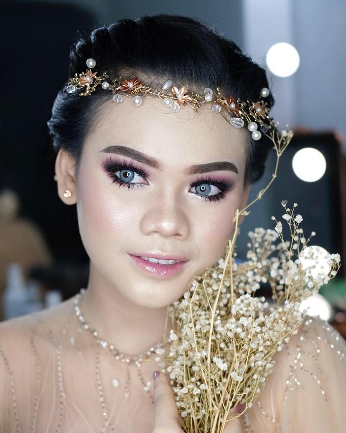 Bold Makeup Wedding by Shally Makeup - 003