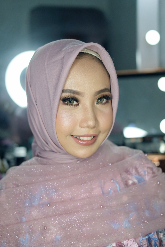 Party Makeup by Shally Makeup - 001