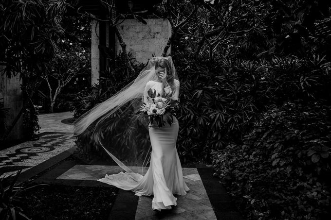 Victoria and Dev | Boracay wedding by Wainwright Weddings - 015
