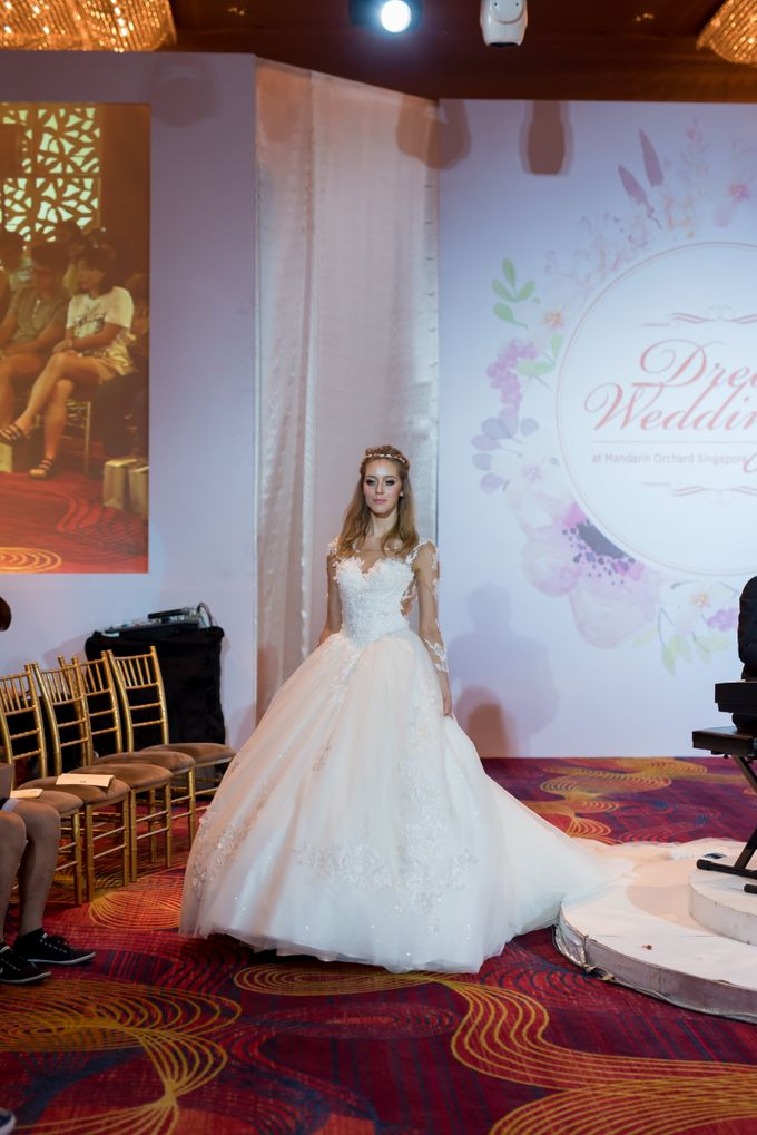 Bridal Gown Fashion Show At Mandarin Orchard Singapore by La Belle Couture Weddings Pte Ltd - 027