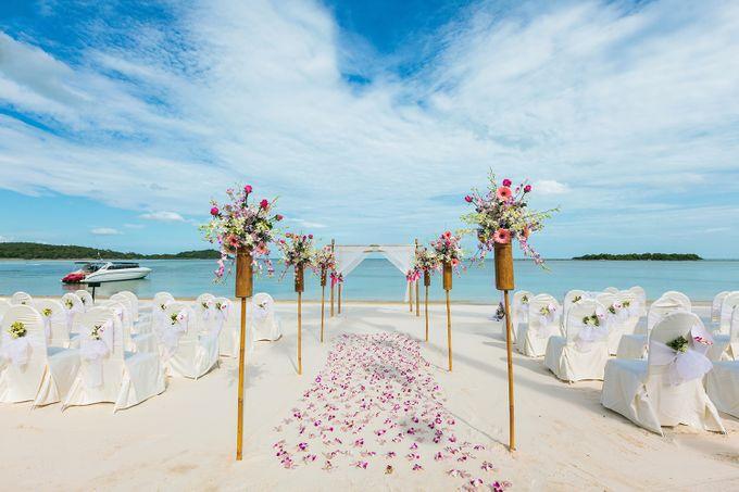Destination Wedding by Crimson Resort & Spa Boracay - 010