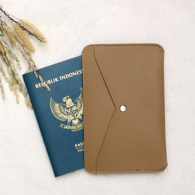 PASSPORT CASE by Signore Gift - 008
