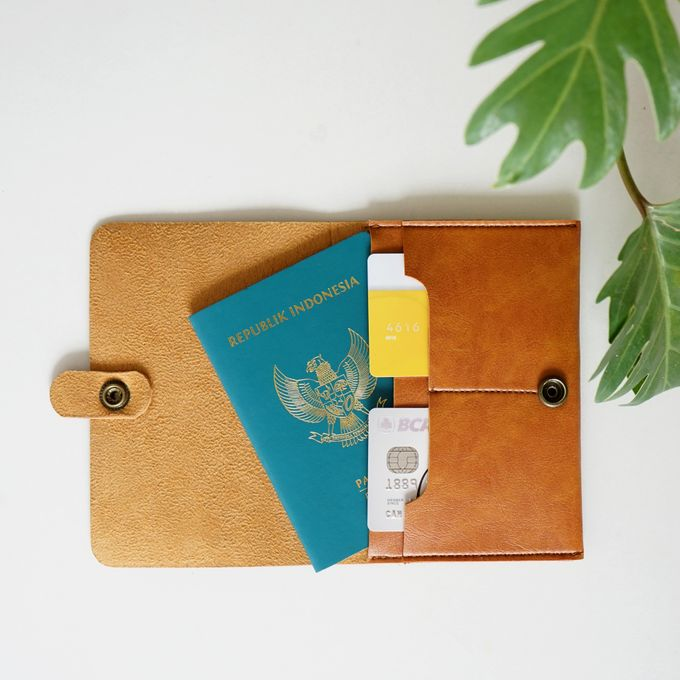 PASSPORT CASE by Signore Gift - 002