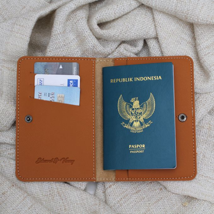 PASSPORT CASE by Signore Gift - 004