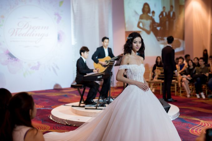 Bridal Gown Fashion Show At Mandarin Orchard Singapore by La Belle Couture Weddings Pte Ltd - 029