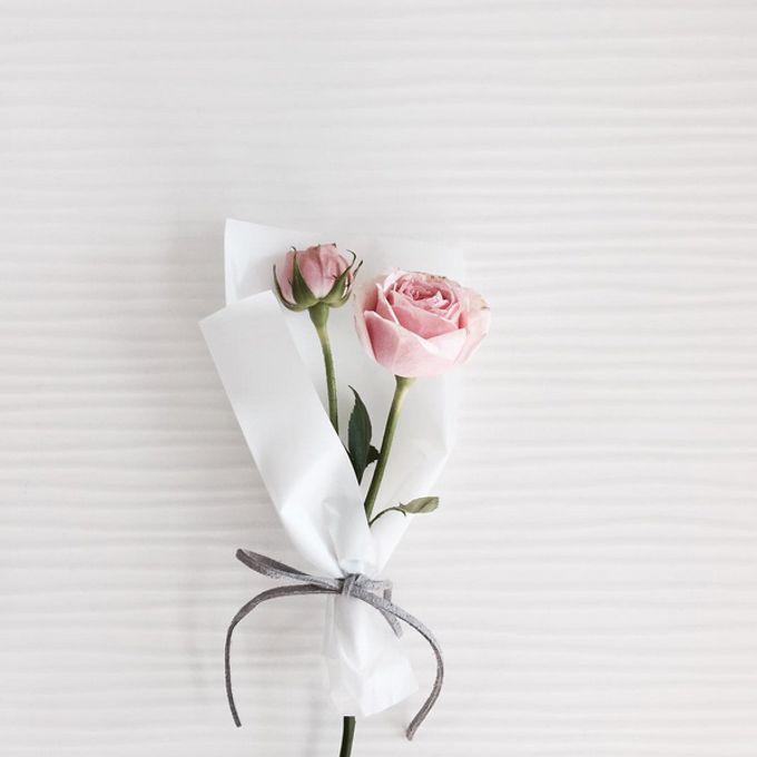 Single Flower by La Belle Vie flower - 006