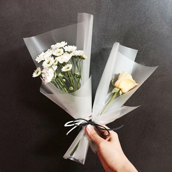 Single Flower by La Belle Vie flower - 009