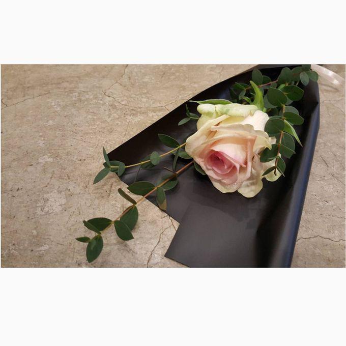 Single Flower by La Belle Vie flower - 004