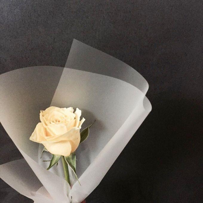Single Flower by La Belle Vie flower - 008