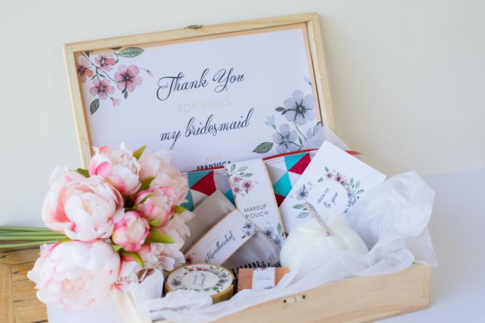 Michael & Sisca by Petite Pretty Hampers - 003