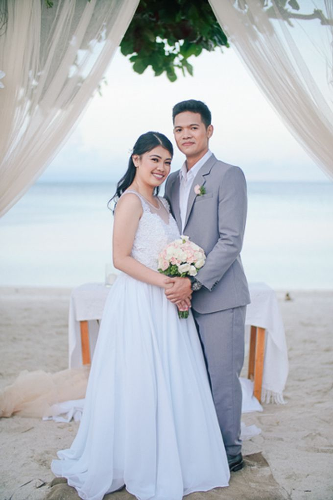 Renz & Jenn Beach Wedding in Romblon by The Fortnight Studios - 036