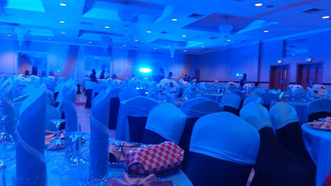 Dinner party  by sky and cloud events - 004
