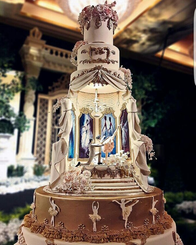 7 & 8 tiers Wedding Cake by LeNovelle Cake - 021